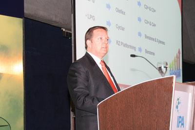 Mike Banach, Senior Business Leader del área de Oleofinas y Detergentes de UOP