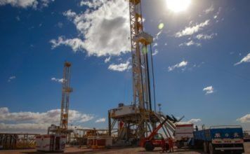 YPF y Shell coinciden en la necesidad de adaptar sus refinerías al shale