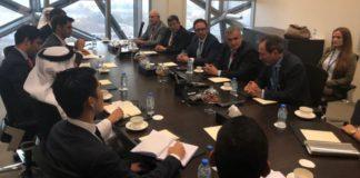 En abu Dhabi se presentaron las posibilidades de inversión en energías renovables.
